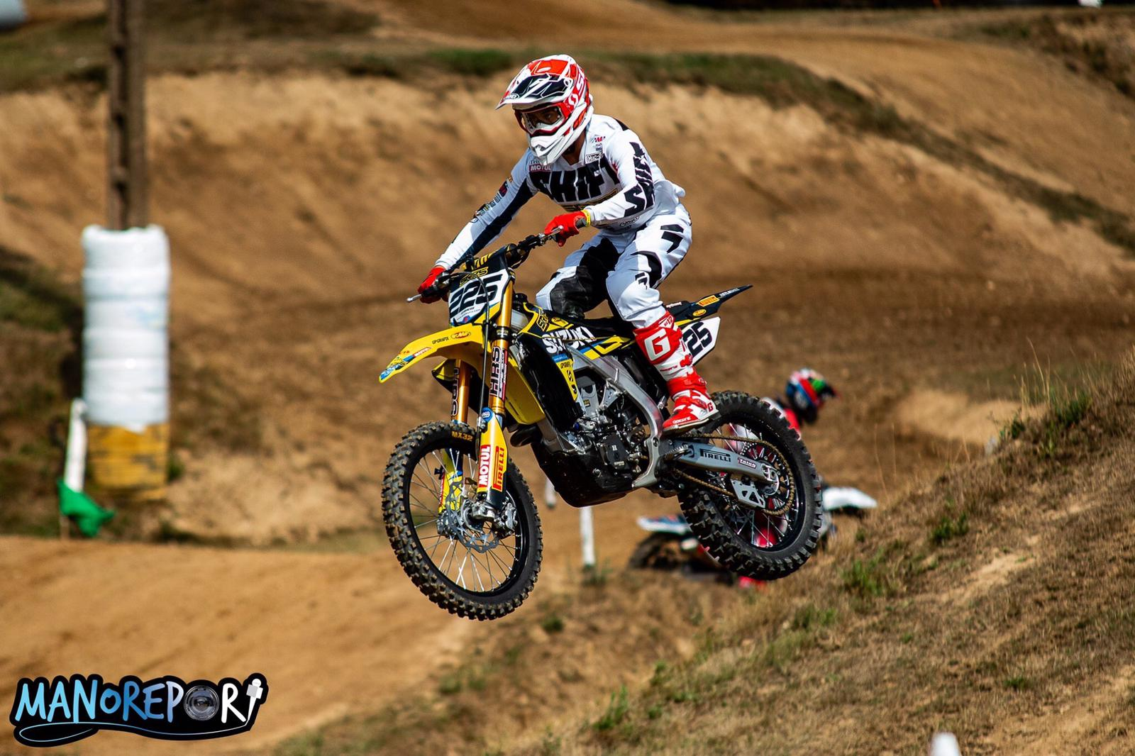 SX & MX PODIUMS FOR SR75'S CHARLES LEFRANÇOIS